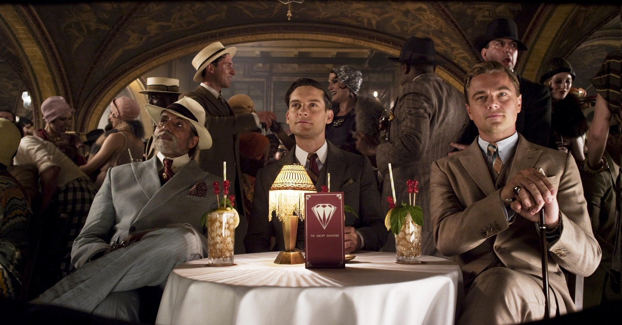 paradoxical role of women in the great gatsby In the great gatsby, fitzgerald depicts the conflicts and contradictions between men and women about society, family, love, and money, literally mirroring the patriarchal society constantly challenged by feminism in the.